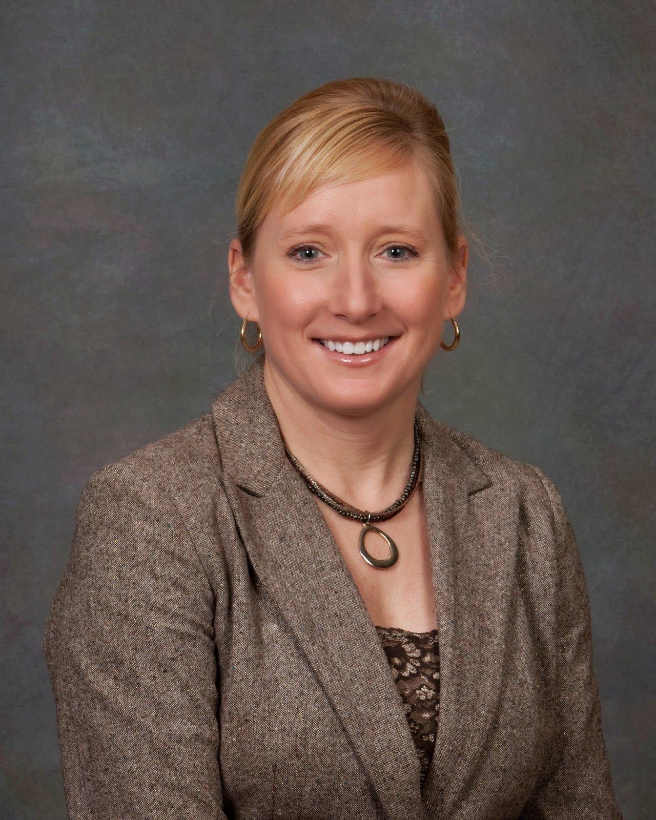 Paige Salveter - Block Real Estate Services, LLC (BRES)