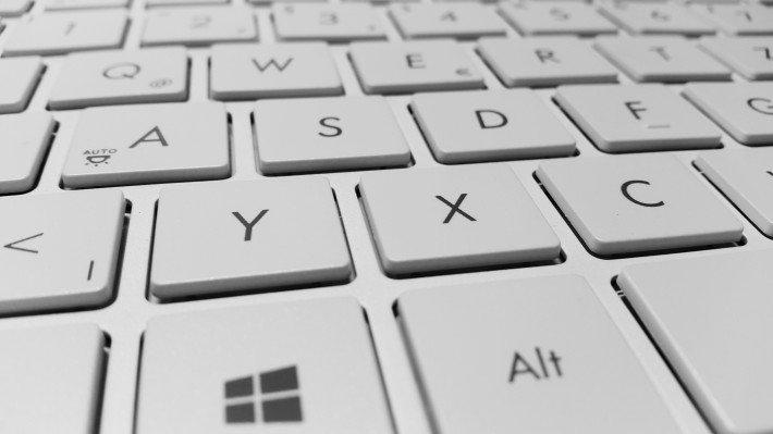keyboard-886462-710x399