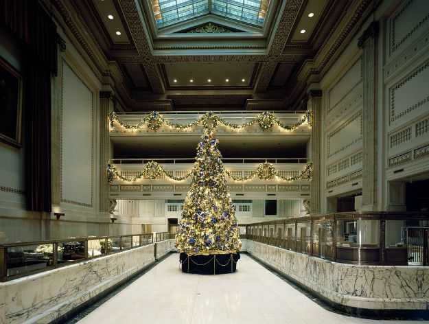Christmas Decorations | Holiday Marketing Ideas For Your Commercial Real Estate Business