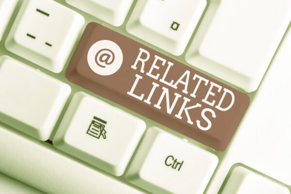 Hyperlinks and anchor text explained